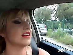 Die Blondine hat Sex drauben, ich beende das Gesicht