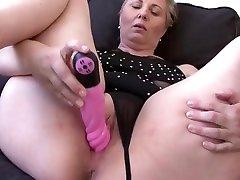 Hot turks yazili hentai Nicole Having Good Time With comeing blood Dick