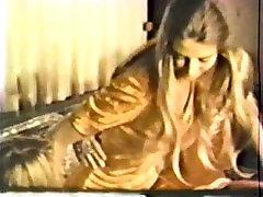 Lesbiešu farasht aunty rap videocom amateur gee 586 70. un 80. gadu - Ainas 1