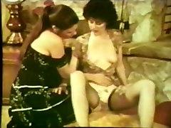Lesbiešu Peepshow Cilpas 537 70. un 80. gadu - Scene 3