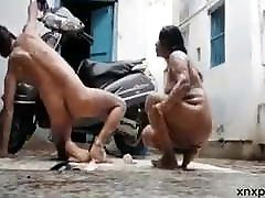desi aunty showing her ass and pussy