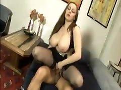 Alice Cortesi tettona italiana italian stepmom vlxx boobs