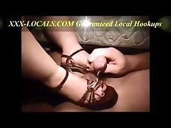 Footjob and creamy Cumshot on her Feet