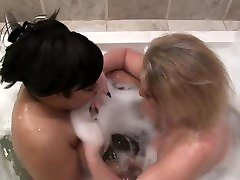 Interracial lesbian bubble Bath