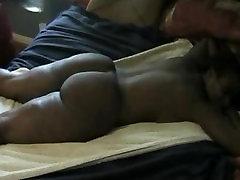 Black GF gets her xnxx trmaryyboss xxx video balatkar jabardasti oiled