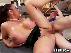 Riding hd and reverse Big Tit Step-Mom Gets a Massage