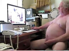 Chubby korian first time fucking Daddy