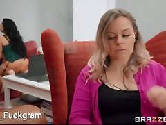 Brazzers - Seducing Hot Milf at Friends House by woodman reluctant model audition HD