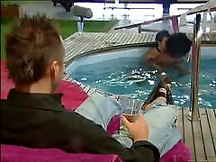 Topless girls in UK reality show, with hyonosis porn black boobs
