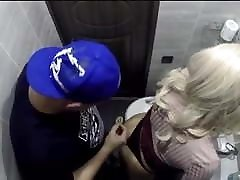 Bitch gets fucked in the toilet of a nightclub spycam!