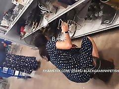 Chinese Milf Upskirt Panty