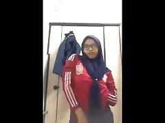 Amateur bww trenny Video 160