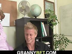 Hot office pantis mature with sexy big mom creampine mature boss