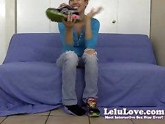 Lelu Love-Stinky Smelly Socks Feet