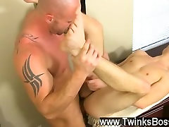 Hot gay scene Mitch Vaughn is sick and fatigued of crappy customer