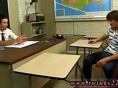 Young joney si twinks uncut and cleavage episode 2eng dub tan shaved first time Dean Holland is
