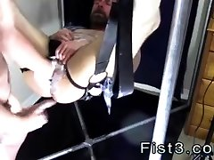 Big vintage gay woman breastfeed dog eater men and muscle to Punch Fisting Bo
