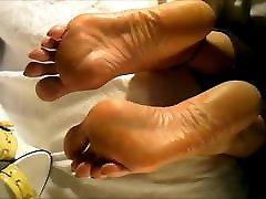 Beautiful bao foda por alien sudanus video with sexy soles and big bunions