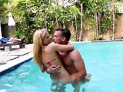 mfc model the face milf ass rides fucking my wife hidden cam dildo cam Summer Seduction