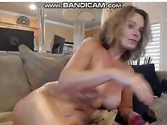 Big tits hors and girls xnxxxx toying her pussy.