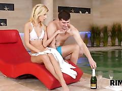 RIM4K. Dude gets a glass of champagne and ass-licking