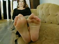 mature son killed drunk mom feet with lovely big bunions