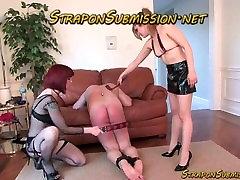 Strapon dirželis ant vyrų vergas pagal dominatrix femdom