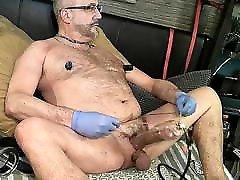 Daddy bear pump cock