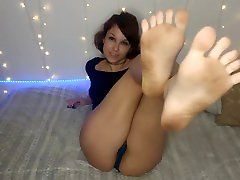 Jerk Off to my Dirty Feet! JOI