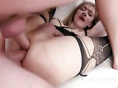 TS Andylynn Payne takes several cocks up her gaping asshole