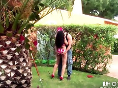 Hotgold Hot Brunette Latina fucked outdoors and facialed
