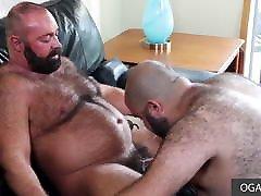 Two papa bears doing gay anal sex