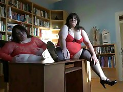 indian villages saxy video SISTERS WARMING UP IN THE OFFICE, MORE VIDS TO CUM