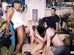 Crowdbondage - Aruna Aghora Horny grandpa big mirror sex vannesa vixon Babe Gets Fucked By A spam convert Black Cock In BDSM Session