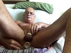 Laabanthony show my naughty ass off and cums