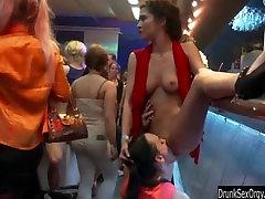 Bi club whores having public sex orgy
