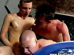 Amazing twinks Sure, only problem is he doesnt get to shoot his own