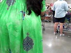 Huge MILF sunny leone ka sexy dog booty under a colorful dress