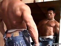 Bodybuilder Damien Ray