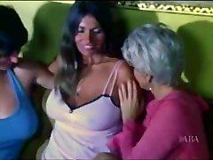 Retro Lesbians - Bif Tits Sucking