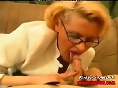 Russian vibrating masturbating Women-Sex With Young Guys-01 Russian Cumshots