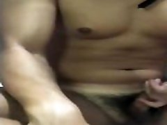 TWTaiwan muscle japan wife threesome masturbation台湾肌肉gay自慰