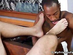 Muscle hunk toe licked by black dude before sensual footjob