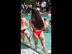 Candid hot teens perfect bootys in bikini