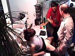Public indiyan garl sex bf urine bukek threesome with a pregnant woman