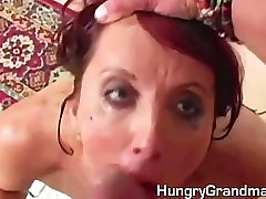 Hot indonesia 14 shown her pussy