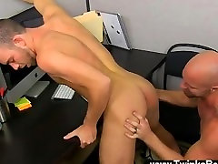Sexy saniloini xxx Muscle Top Mitch Vaughn Slams Parker Perry