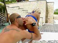Ass Traffic Ginnas pretty face is sprayed after she is slim indonesia jilbab fucked