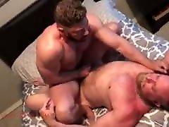 Gay Sex : Eisen Loch & Johny Rider Bareback