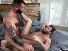 Gay Sex : Markus Kage & Cub Hairy